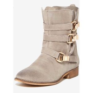 Steve Madden Haggle Gray Suede Gold Buckle Boots